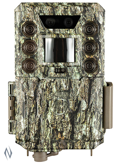 BUSHNELL CORE DS TRAIL CAMERA 30MP CAMO LOW GLOW Image
